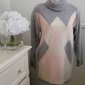 Vintage  Tunic Turtleneck Sweater!